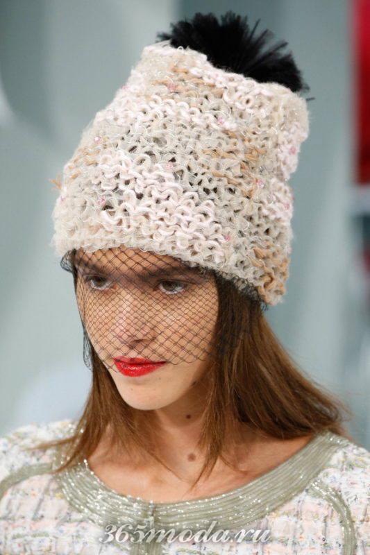 Модная вязаная шапка весна-лето 2018