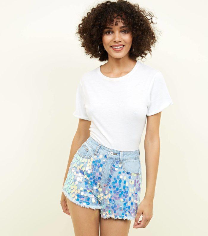 Модные блестящие шорты весна-лето