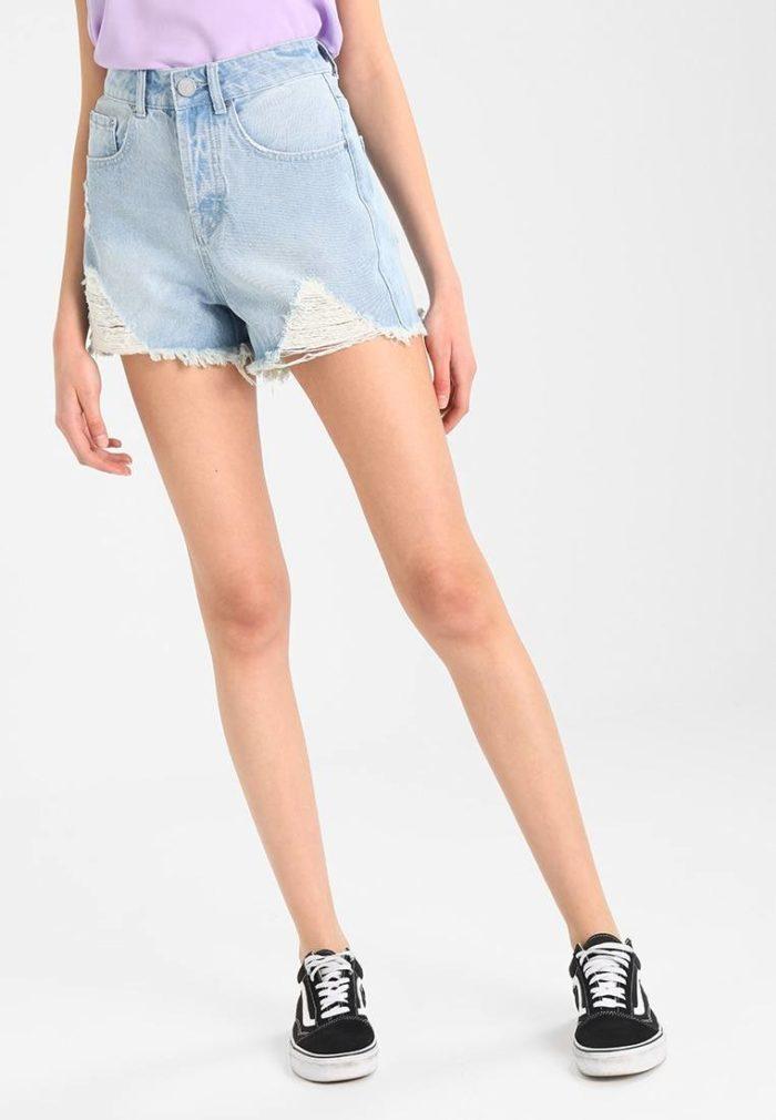 джинсовые шорты весна-лето