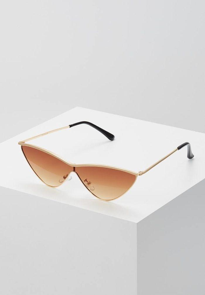 Модные авангардные солнцезащитные очки кошачий глаз весна-лето 2019