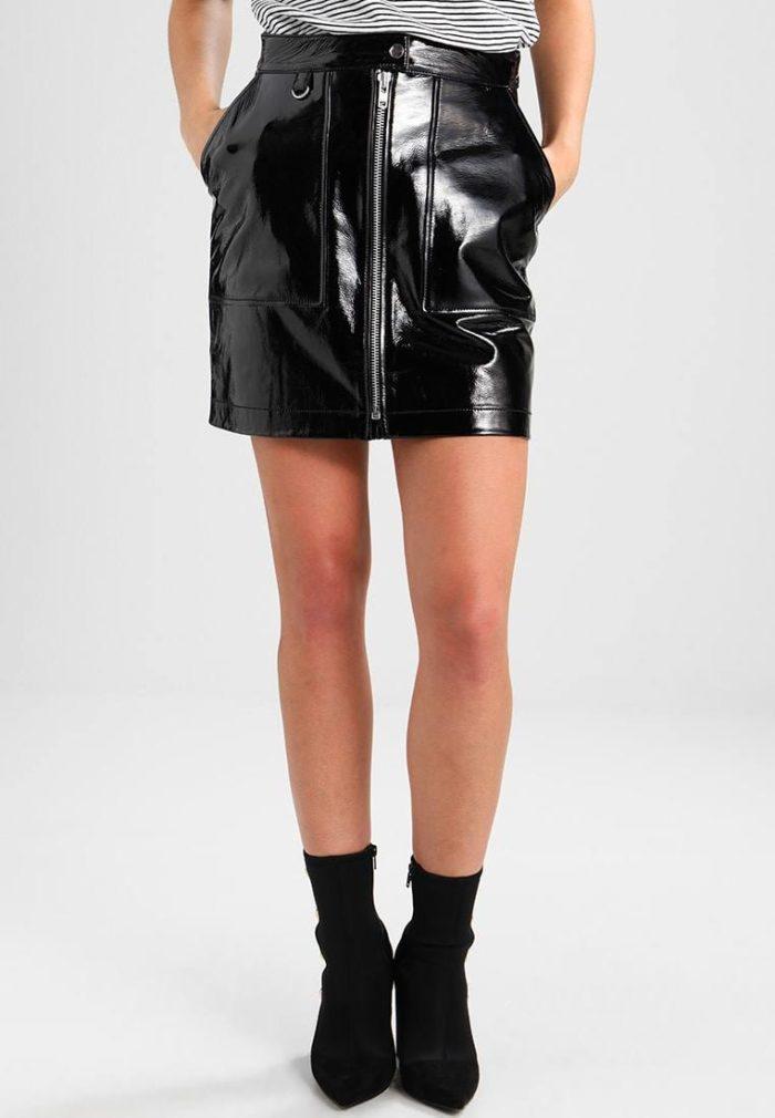 Модные кожаные юбки весна-лето 2019