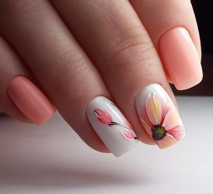 Модный цветочный маникюр весна-лето