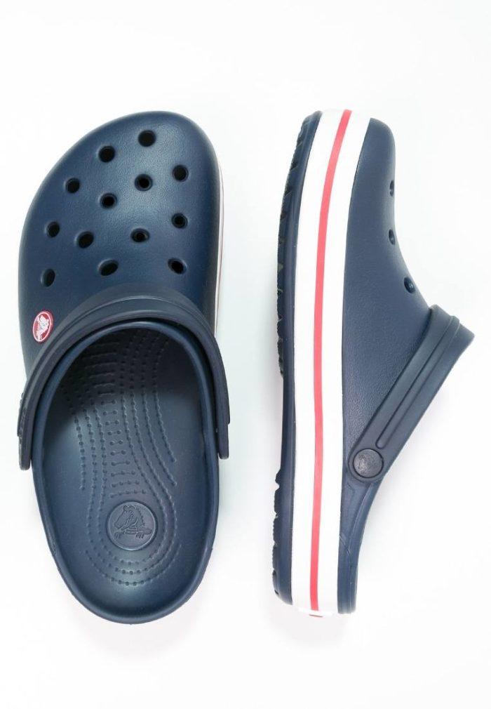темно синие кроксы