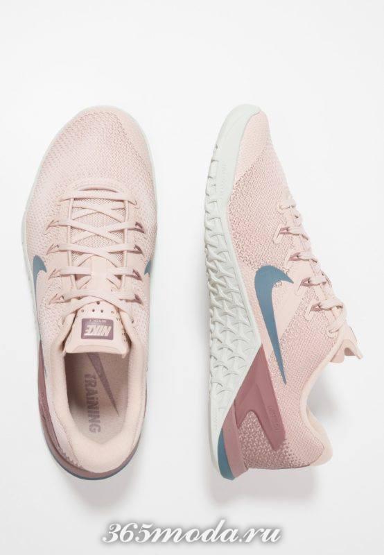Кроссовки Nike женские розовые