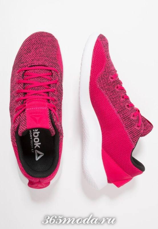 Женские кроссовки Reebok красные