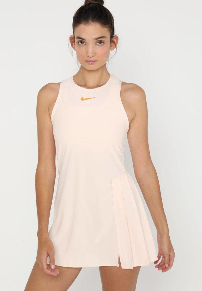 Спортивное платье розовое