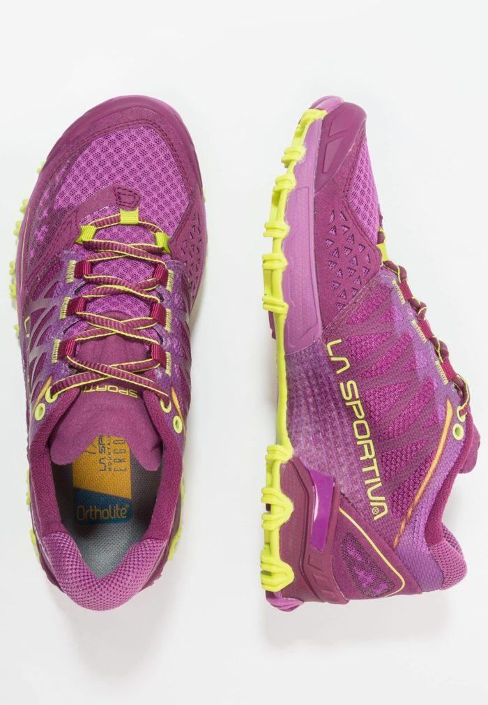 Женские фиолетовые кроссовки