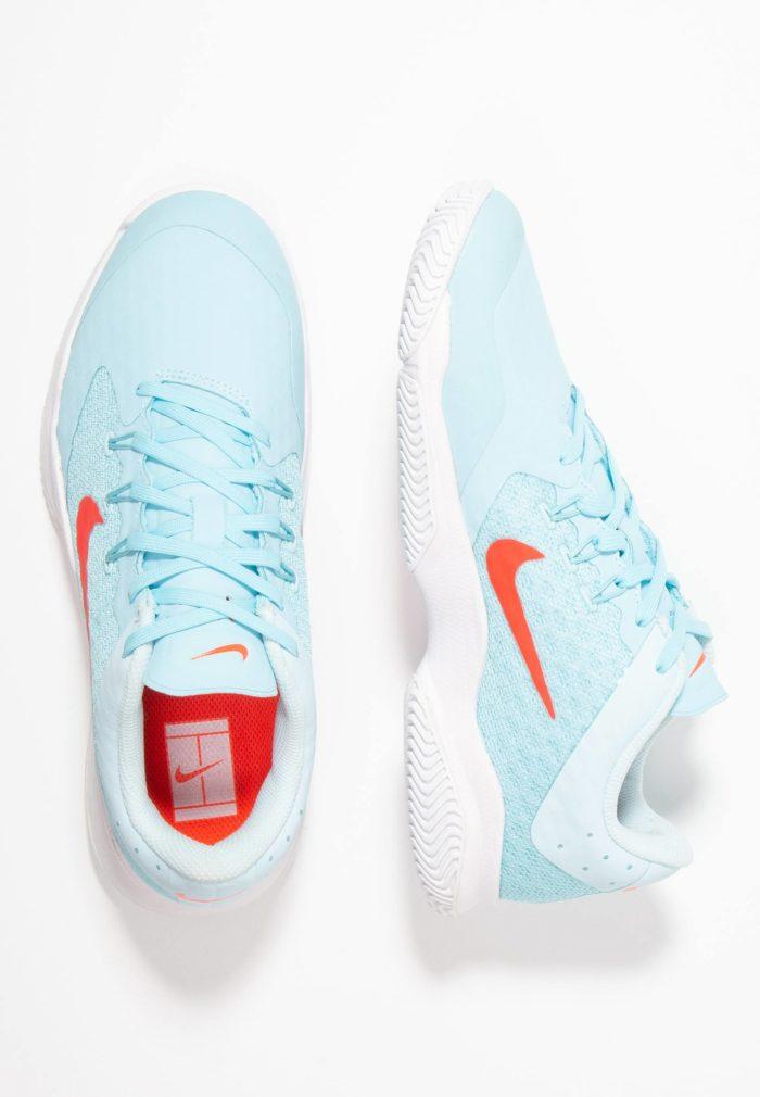 Женские кроссовки голубые