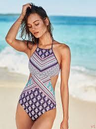 Модные купальники с вырезами и вставками лето 2018
