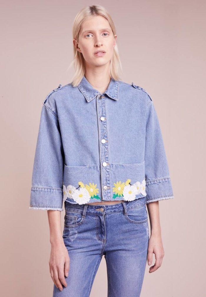 Женская куртка джинсовая