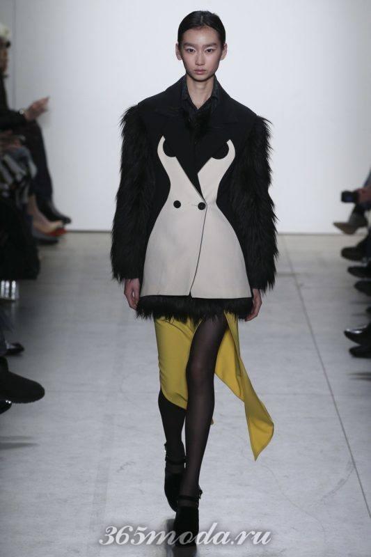 Пальто женское серое с черным