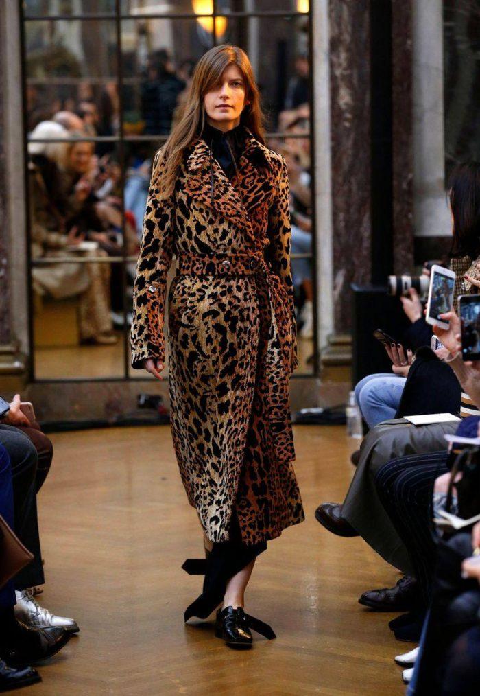 Пальто женское тигровое