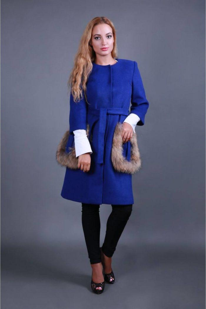 пальто весна 2019: женское с декором