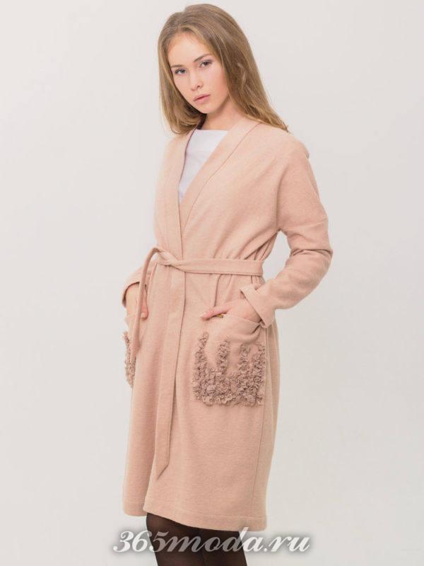 Пальто женское с декором