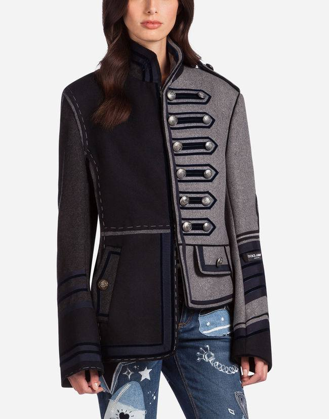 Модные асимметричные пиджаки весна-лето 2019