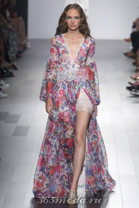 Модные длинные платья на выпускной 2019