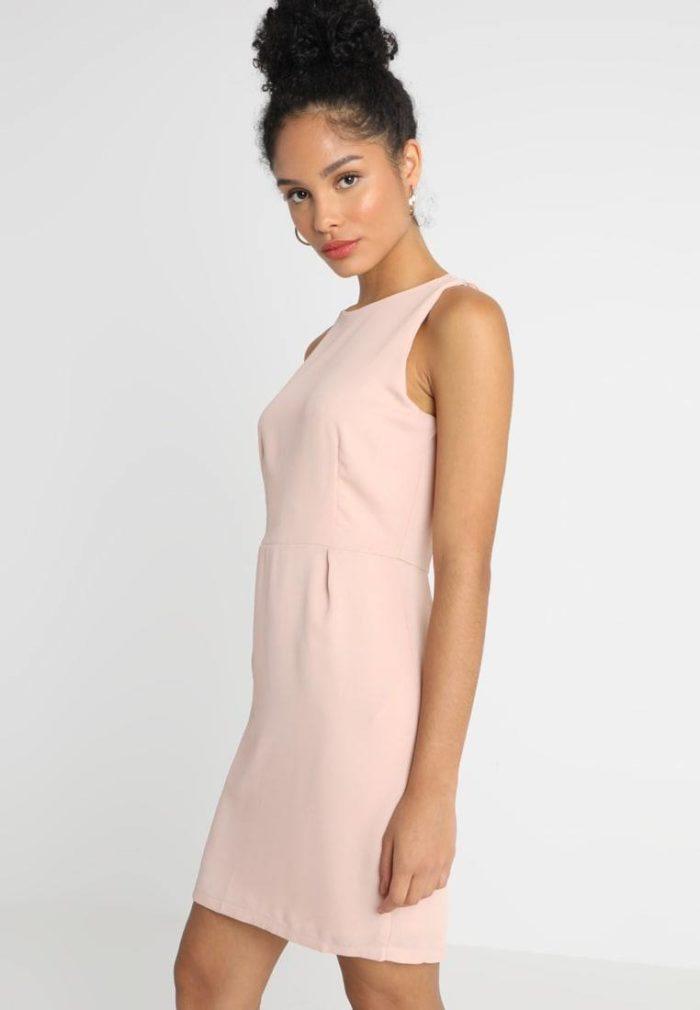 Модное деловое платье весна-лето 2020