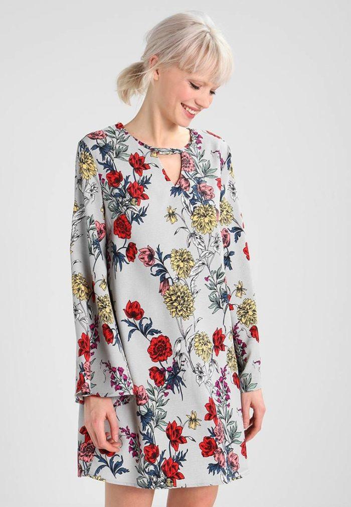 модные повседневные платья для весны и лета
