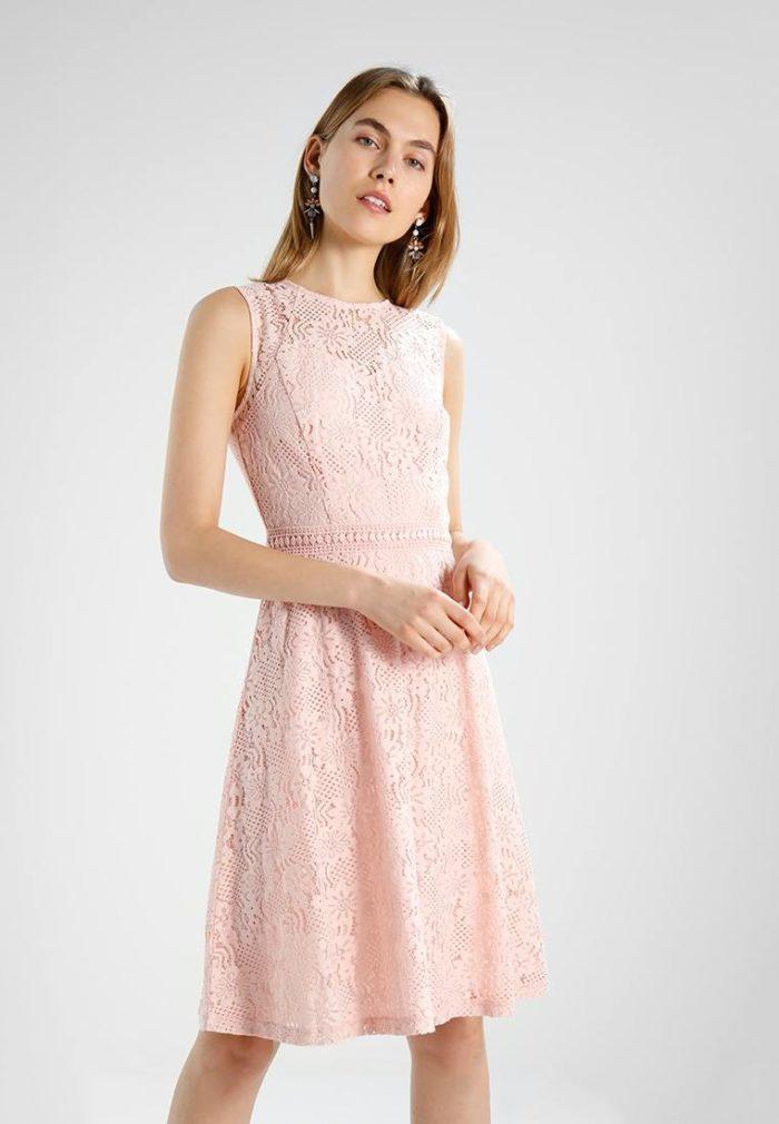 коктейльное платье на весну и лето