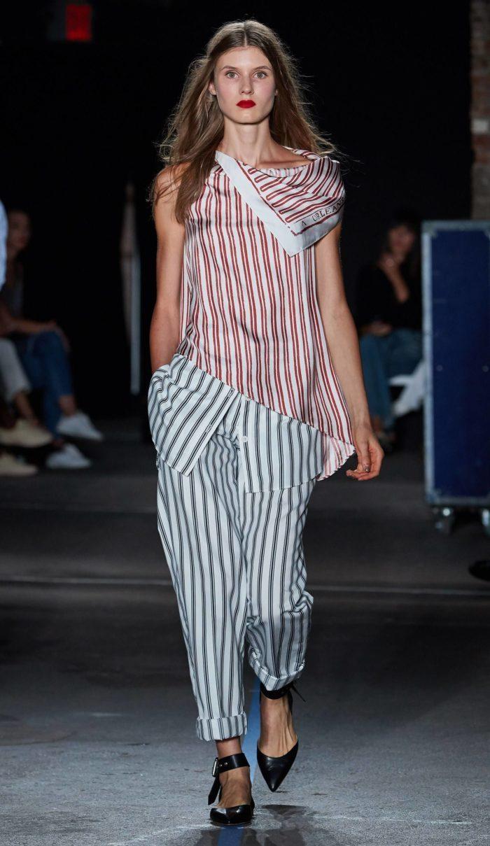 Модные принты весна-лето 2019: Брючный костюм полоску