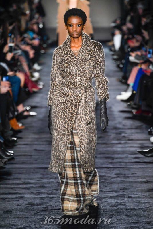 Пальто с животным принтом