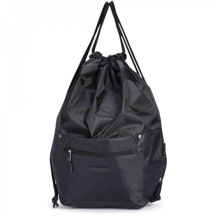 черная сумка-мешок с лямками