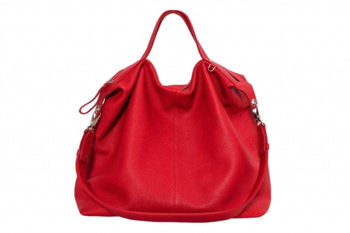 ярко-красная сумка-мешок