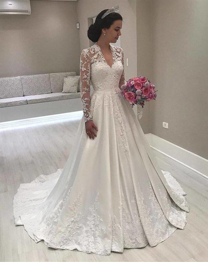 Модные кружевные свадебные платья весна-лето 2019