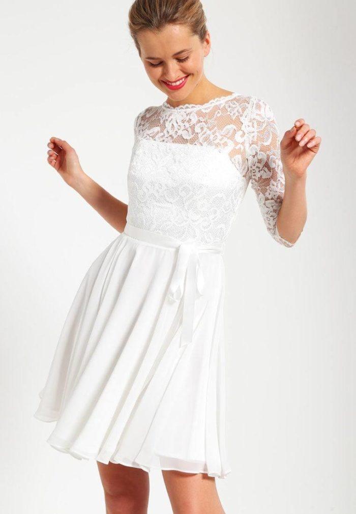 Модные короткие свадебные платья весна-лето 2019