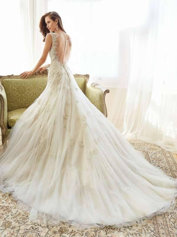 Модные дизайнерские свадебные платья весна-лето 2019