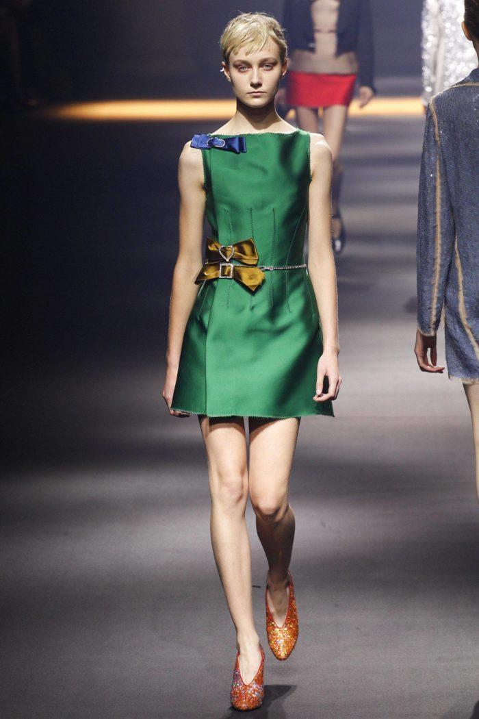 Платье цвета Зеленый луч