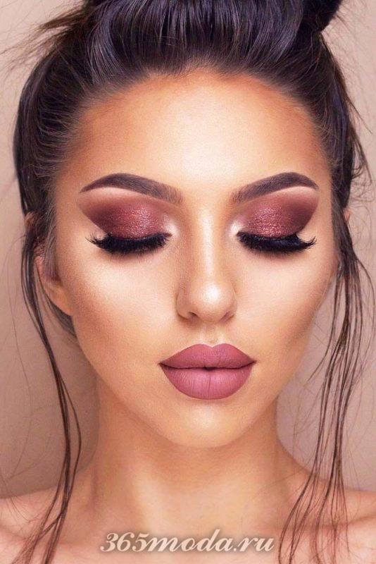 Модный макияж на выпускной 2019
