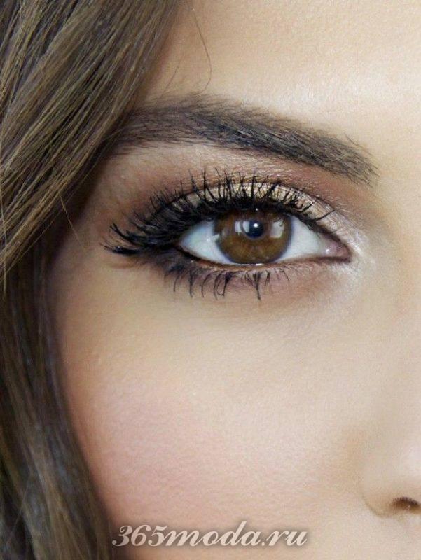 Модный макияж для карих глаз на выпускной