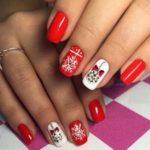 Модный новогодний дизайн ногтей 2017 в год Петуха 100 фото
