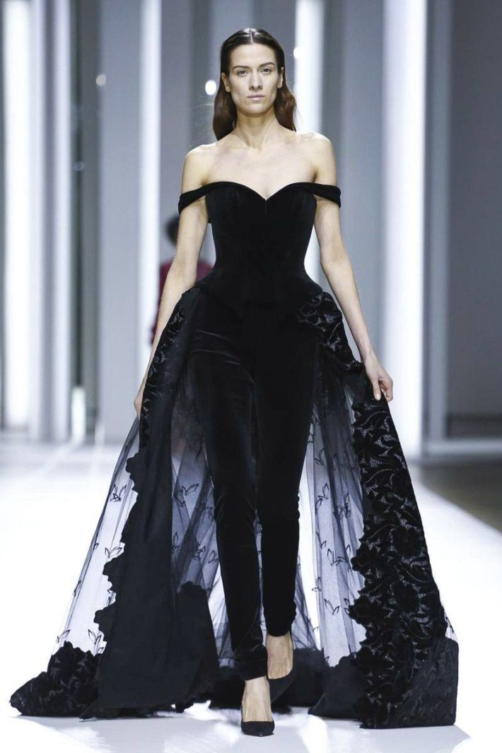 Красивое платье черное