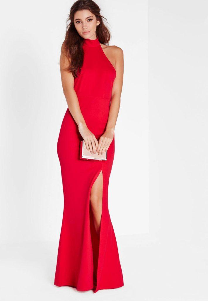 Красивое платье красное