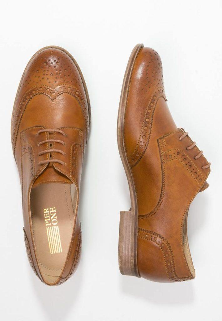 Модная обувь осень-зима 2019-2020: Женские туфли коричневые