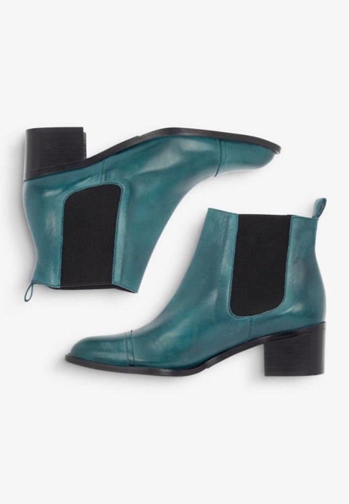 Модная обувь осень-зима 2019-2020: ботильоны зеленые