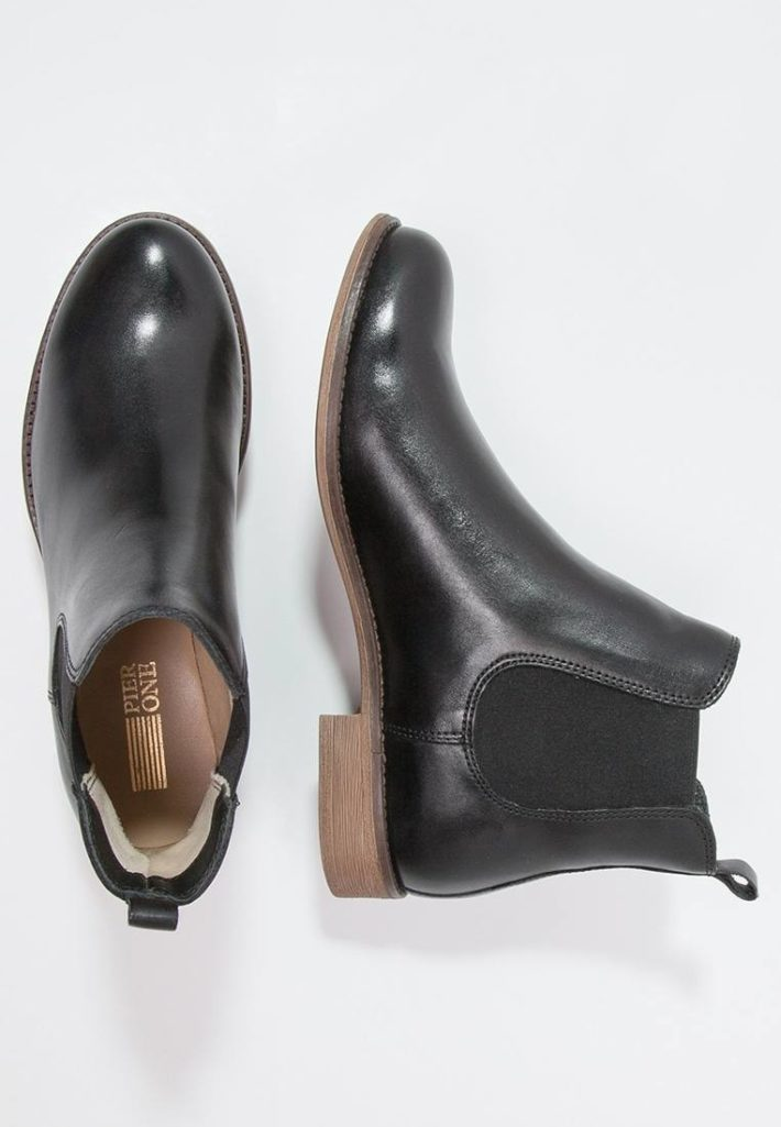 Модная обувь осень-зима 2019-2020: ботильоны черные