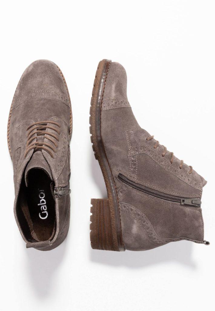 Модная обувь осень-зима 2019-2020: ботинки серые