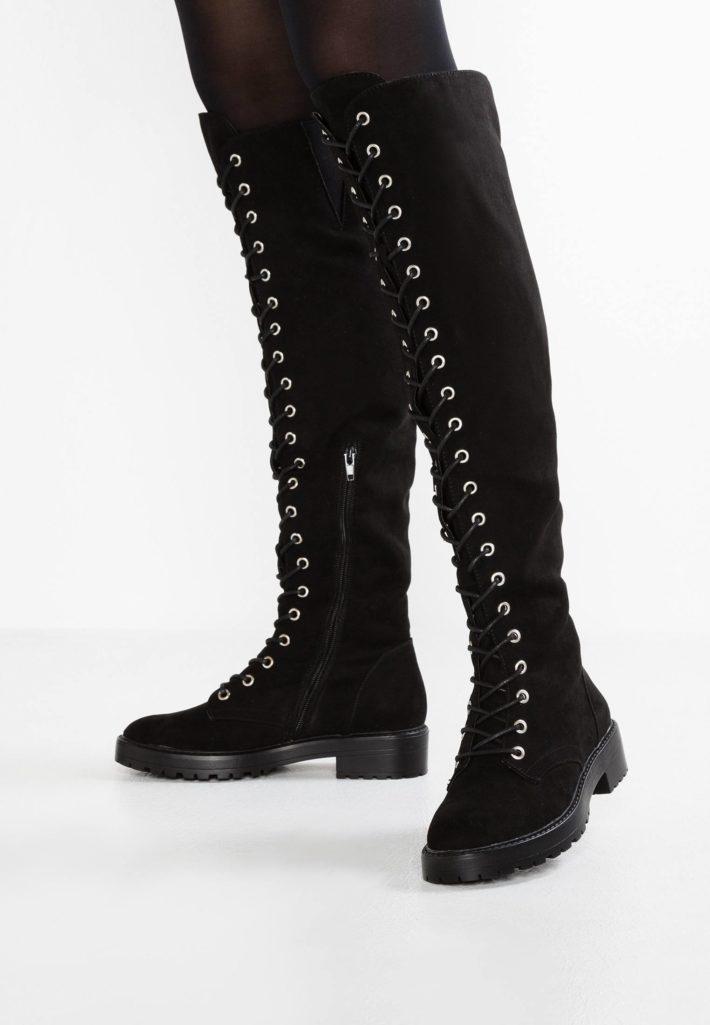 обувь осень-зима 2019-2020: ботфорты черные