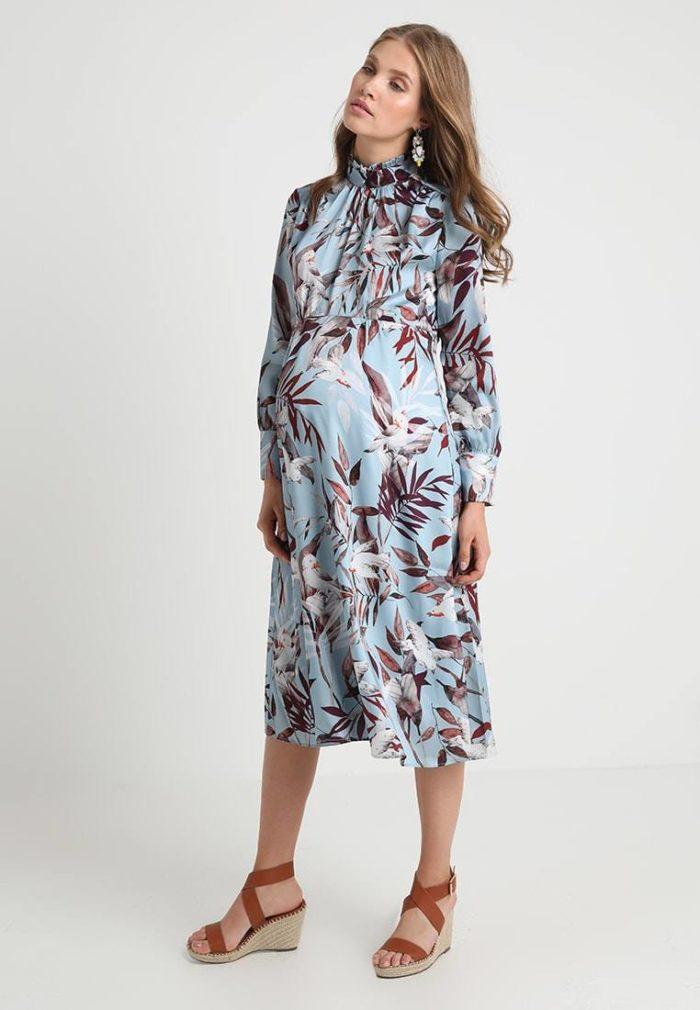 Цветастое платье для беременных