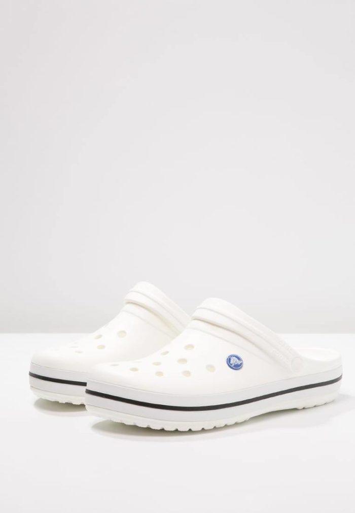 Белые кроксы