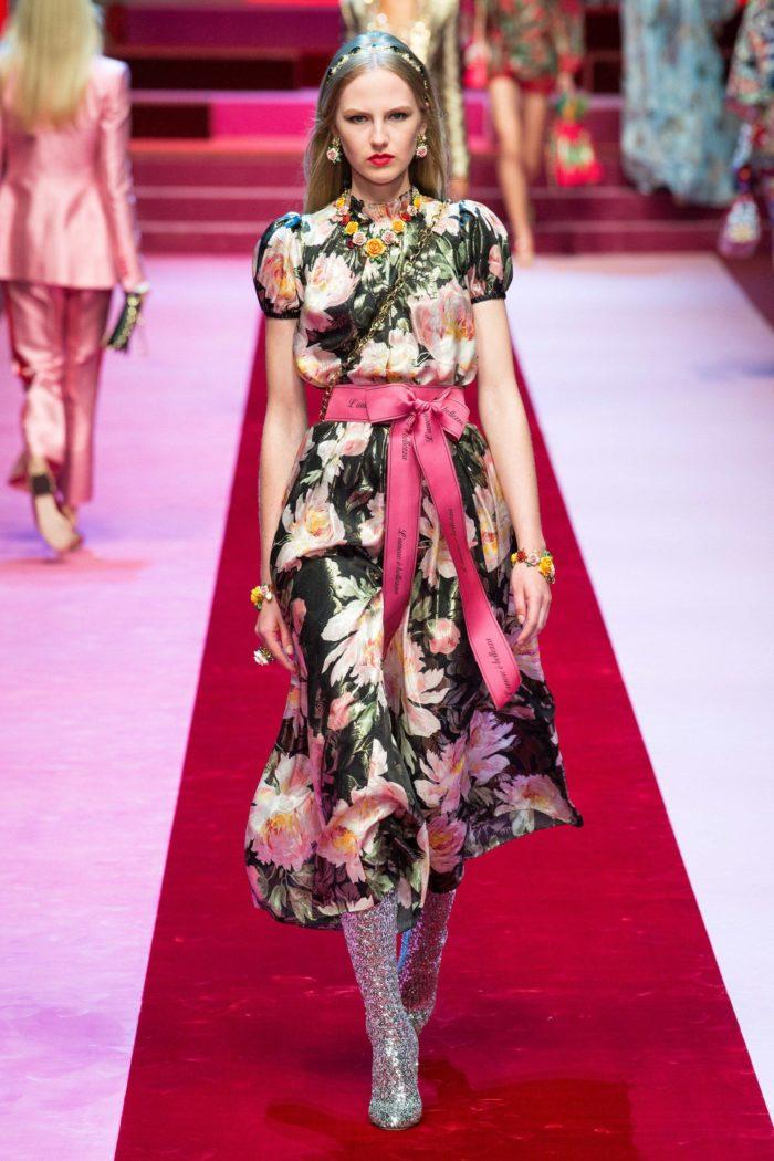 платье с принтом в цветы