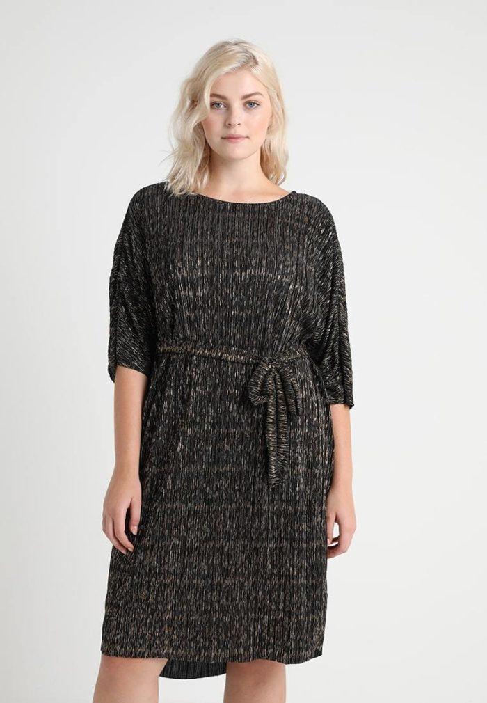 Черная платье длины миди