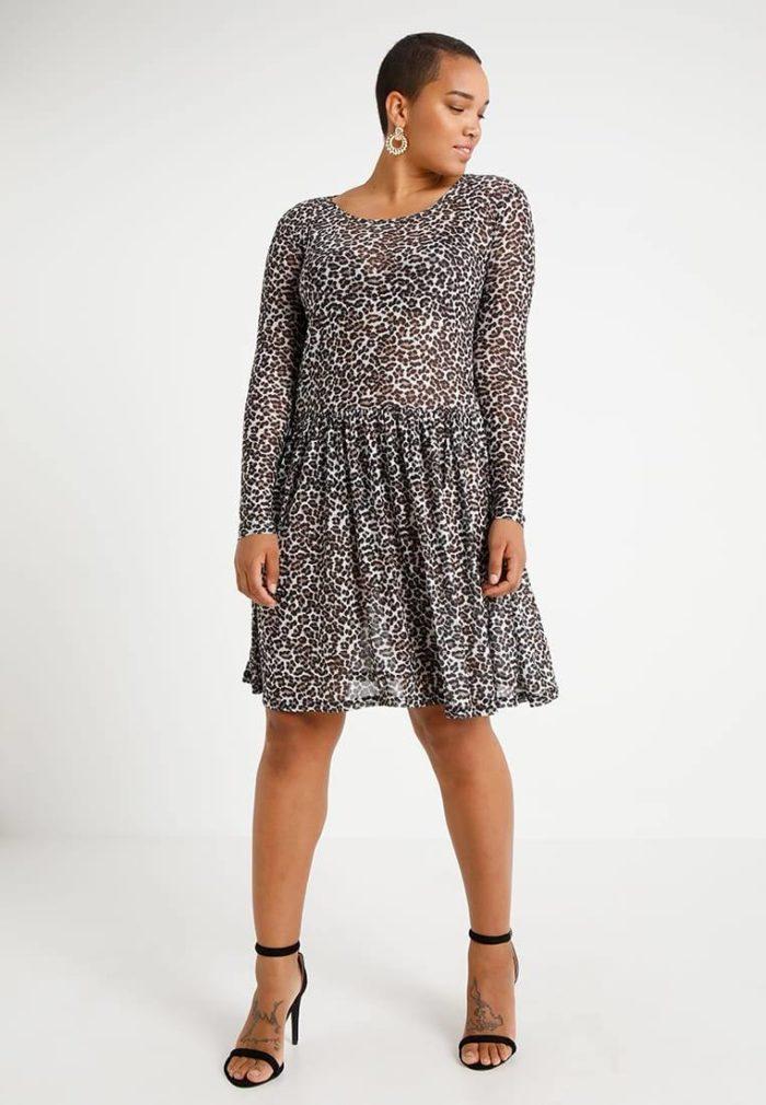 Платье с тигровым принтом