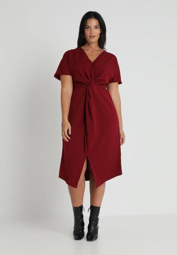 Платье бардовое