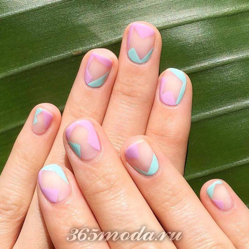 Разноцветный дизайн ногтей шеллаком