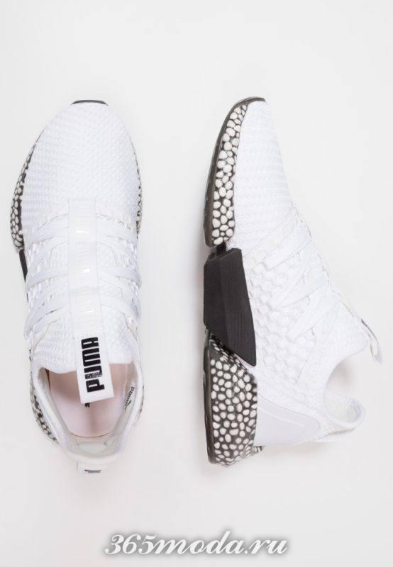 Мужские кроссовки белые