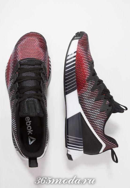Мужские кроссовки черные с красным